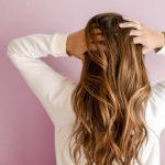 Problemy ze skórą i włosami – wszystko przez twardą wodę